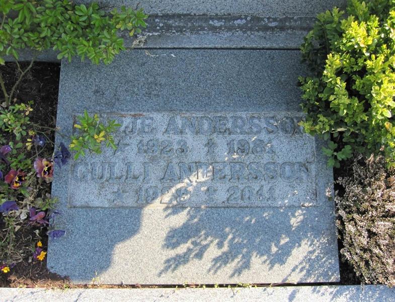 Grave number: NY J    18, 19